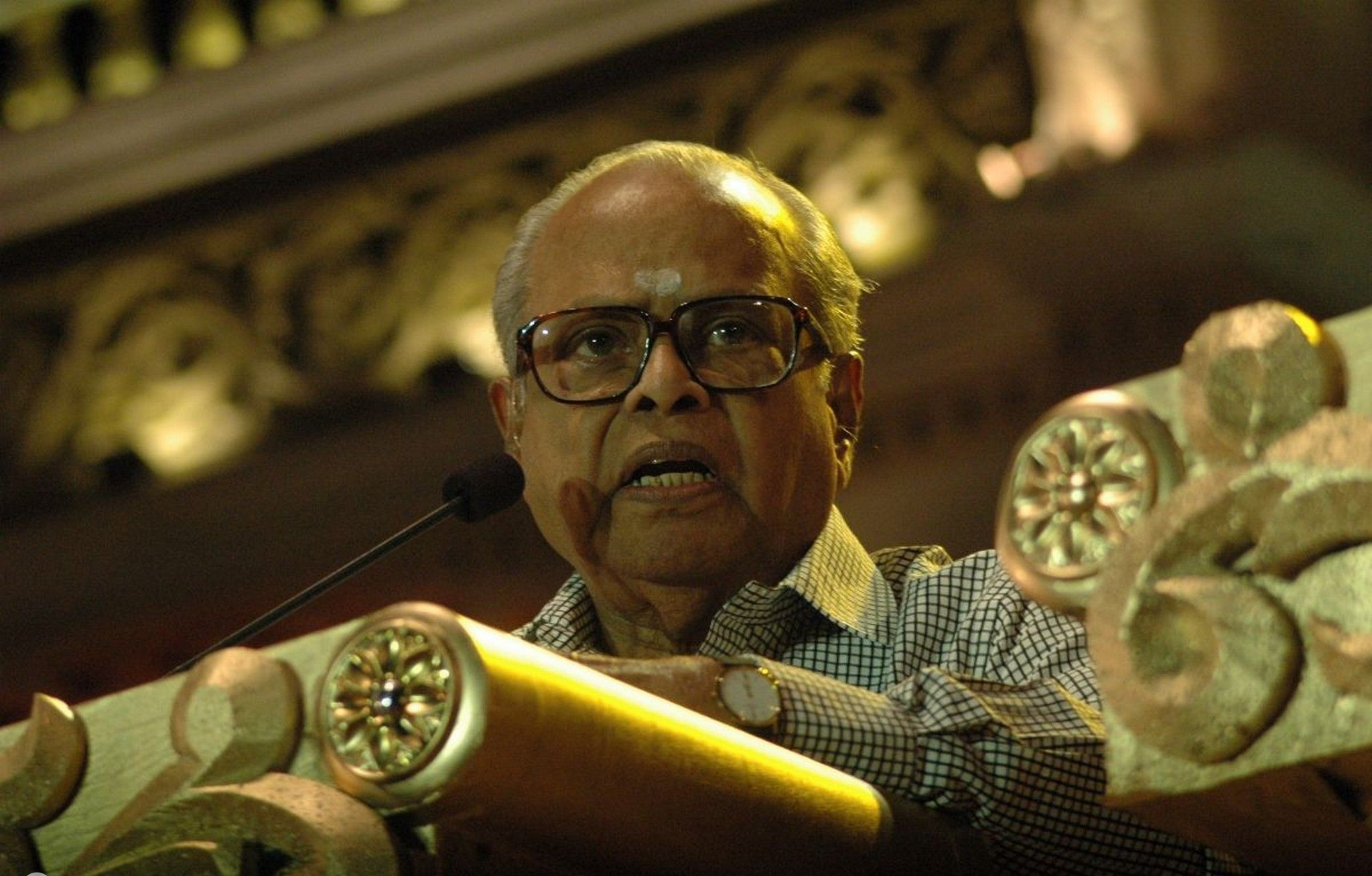 Indian director who popularised Rajinikanth, Kamal Hassan dies at 84